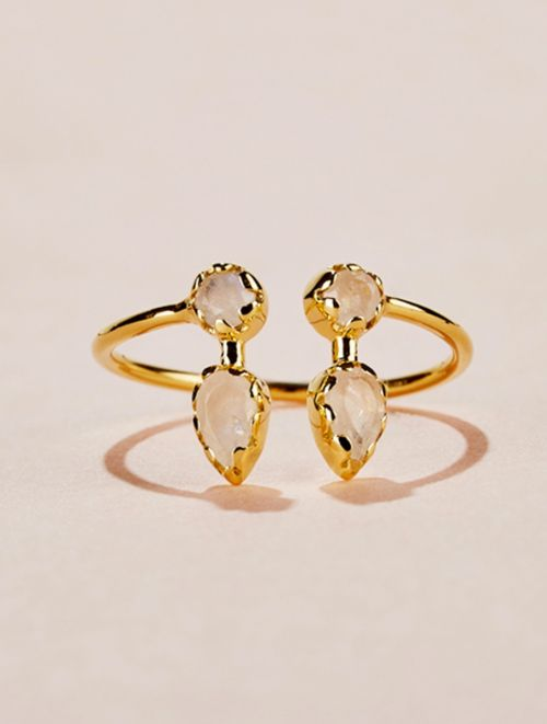 Safra Ring - Moonstone