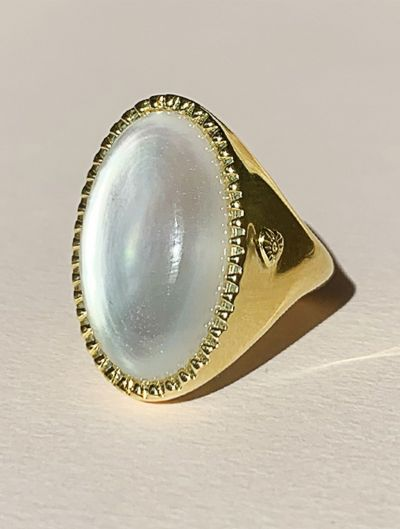 Eila Ring - Mother of Pearl