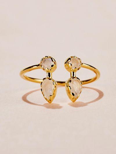 Safra Ring - Moonstone